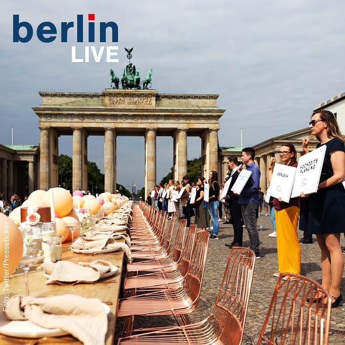 Berlin Live Podcast: Demo der Hochzeitsplaner vor dem Brandenburger Tor #StandUpForLove